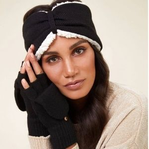 Bearpaw gloves and headband set